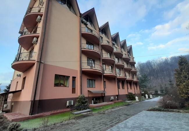 Отель Фантазия в Поляне - Здание