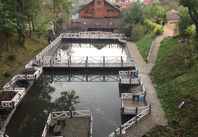 Отель Катерина в Поляне - Озера с рыбой