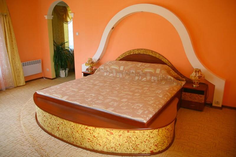 Отель Континент Номер Люкс - Спальня