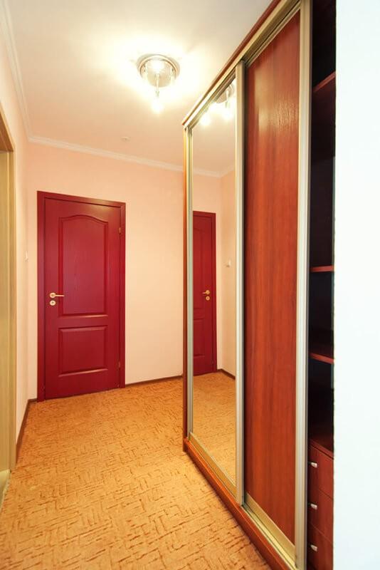 Отель Континент Номер ПолуLX классич. - Прихожая