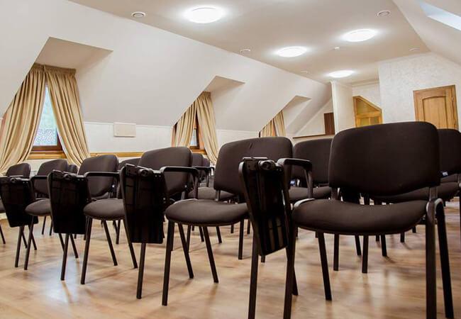 Отель Жаворонок Берегово - Стулья