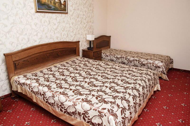 Отель Жаворонок Номер LX 3мест. - Спальня