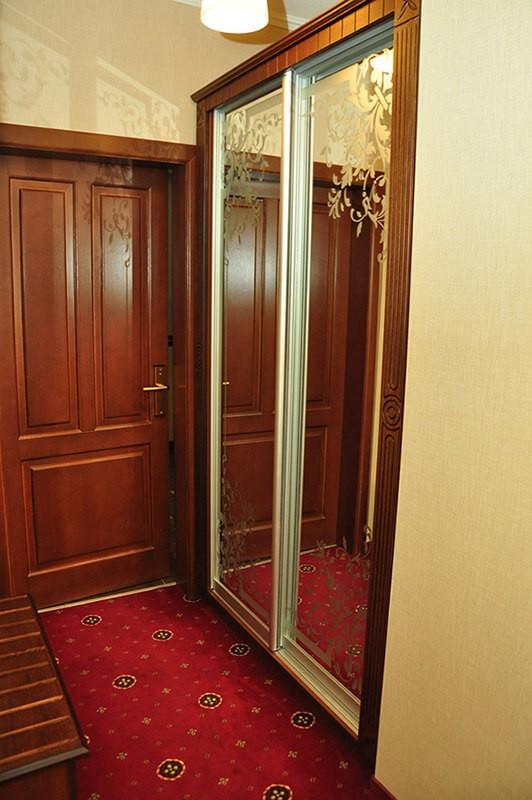 Отель Жаворонок Номер П.LX 3мест - Прихожая