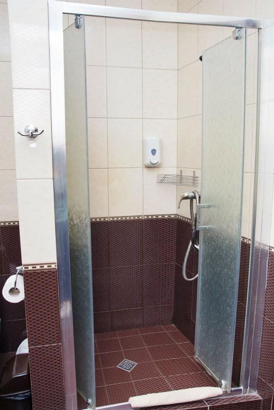 Отель Жаворонок Номер П.LX 3мест - Душ
