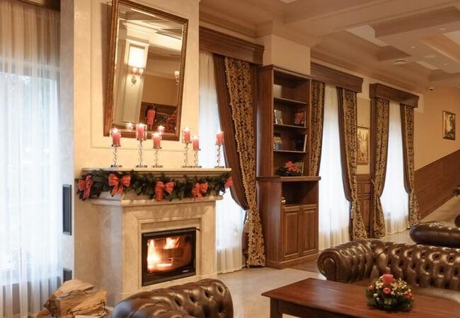 Отель Золотая Гора - Лоби