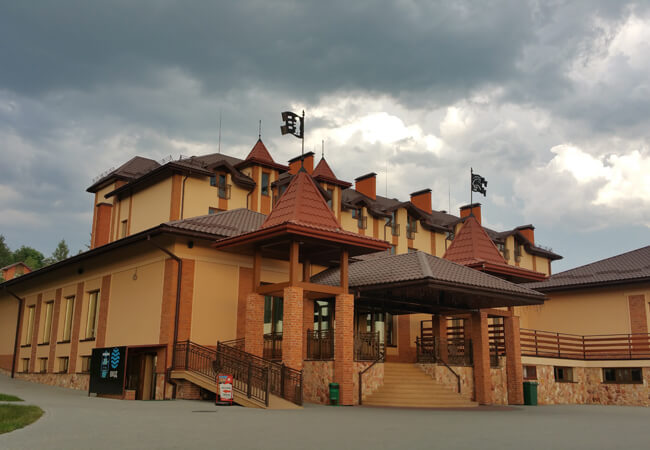 Отель Золотая Гора - Здание