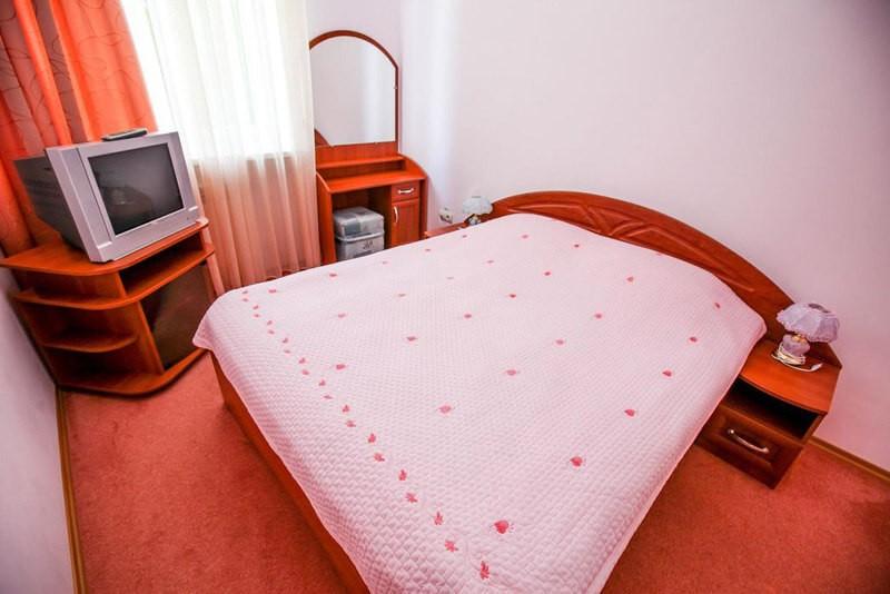 Радужный Номер AP LX 3комн. - Спальня