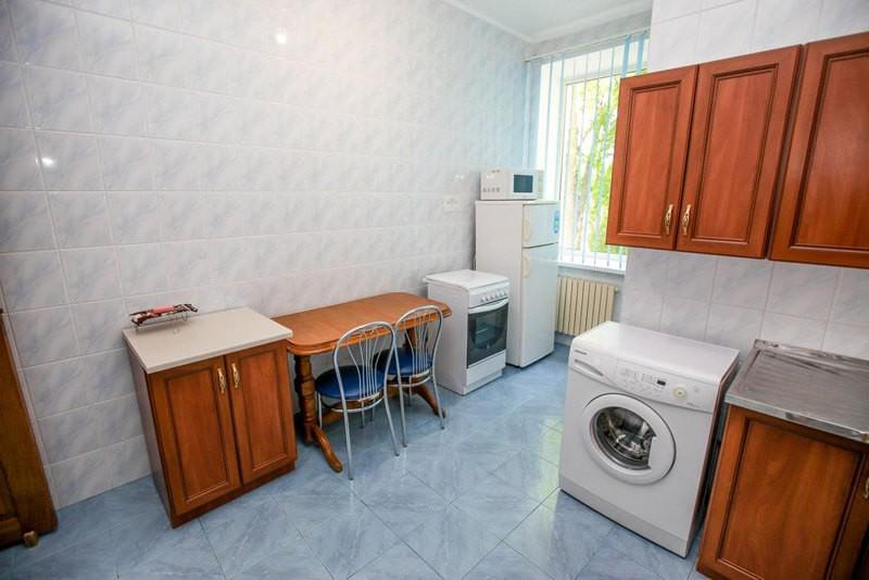 Радужный Номер Exclusive 3комн. - Кухня