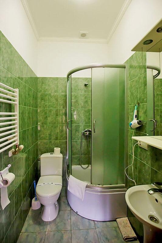 Трембита Номер ПолуLX - Туалет