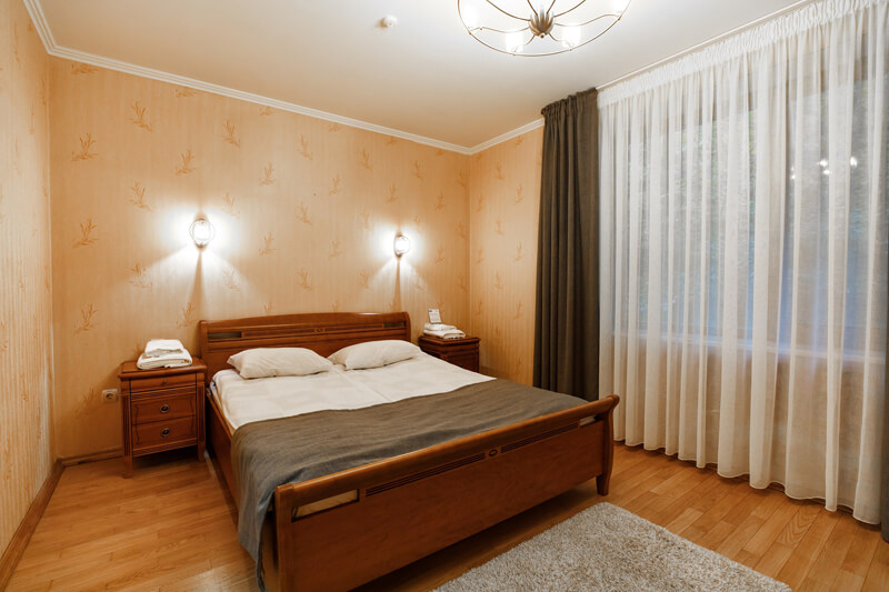 Воеводино Номер Семейный LX Grand - Кровать