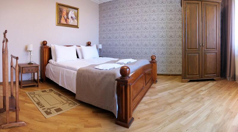 Золотая Гора Номер Аппарт. 2этаж - Кровать