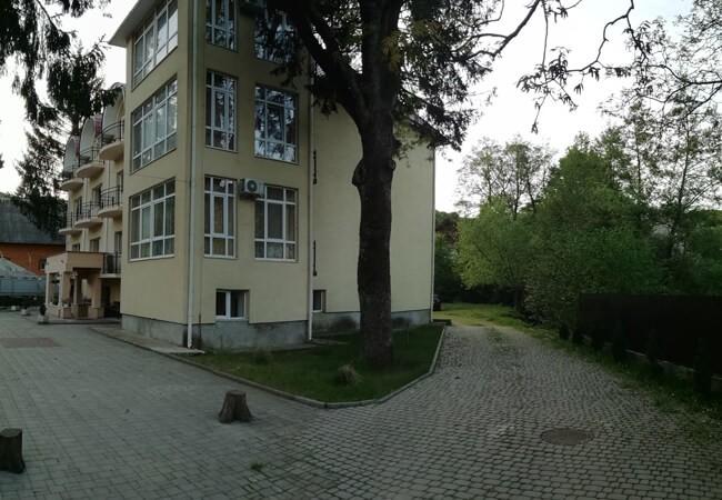 Отель Эдельвейс Шаян - Двор